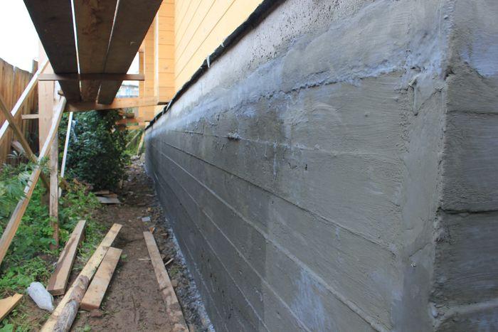 Гидроизоляция монолитного бетонного фундамента Дегидролом