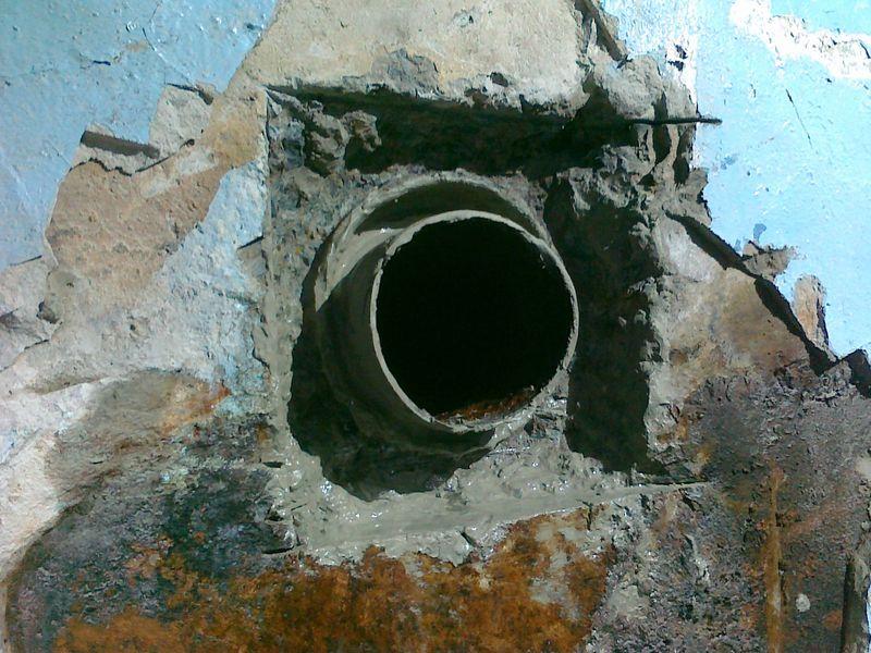 Рис 6 качественное пожаробезопасное пересечение полимерным трубопроводом перекрытия с заделкой противопожарных муфт